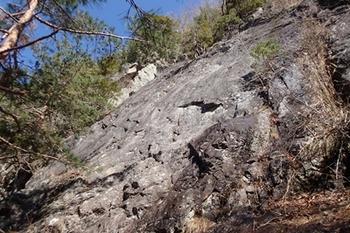 P4135216左岩スラブ.JPG